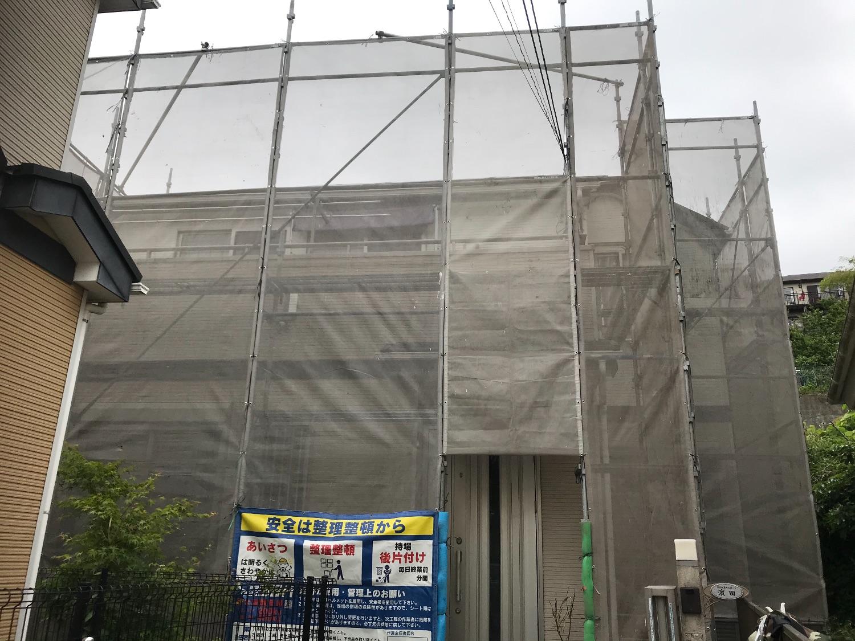 横浜栄区飯島町にて仮設工事