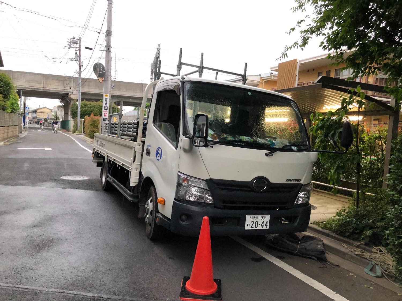 東京都狛江市東和泉にて仮設工事