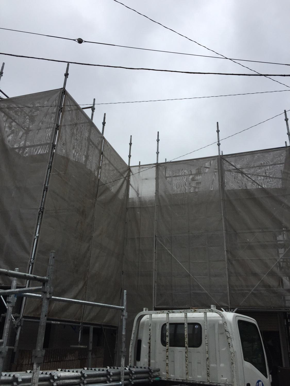 秦野市沼代新町にて仮設工事