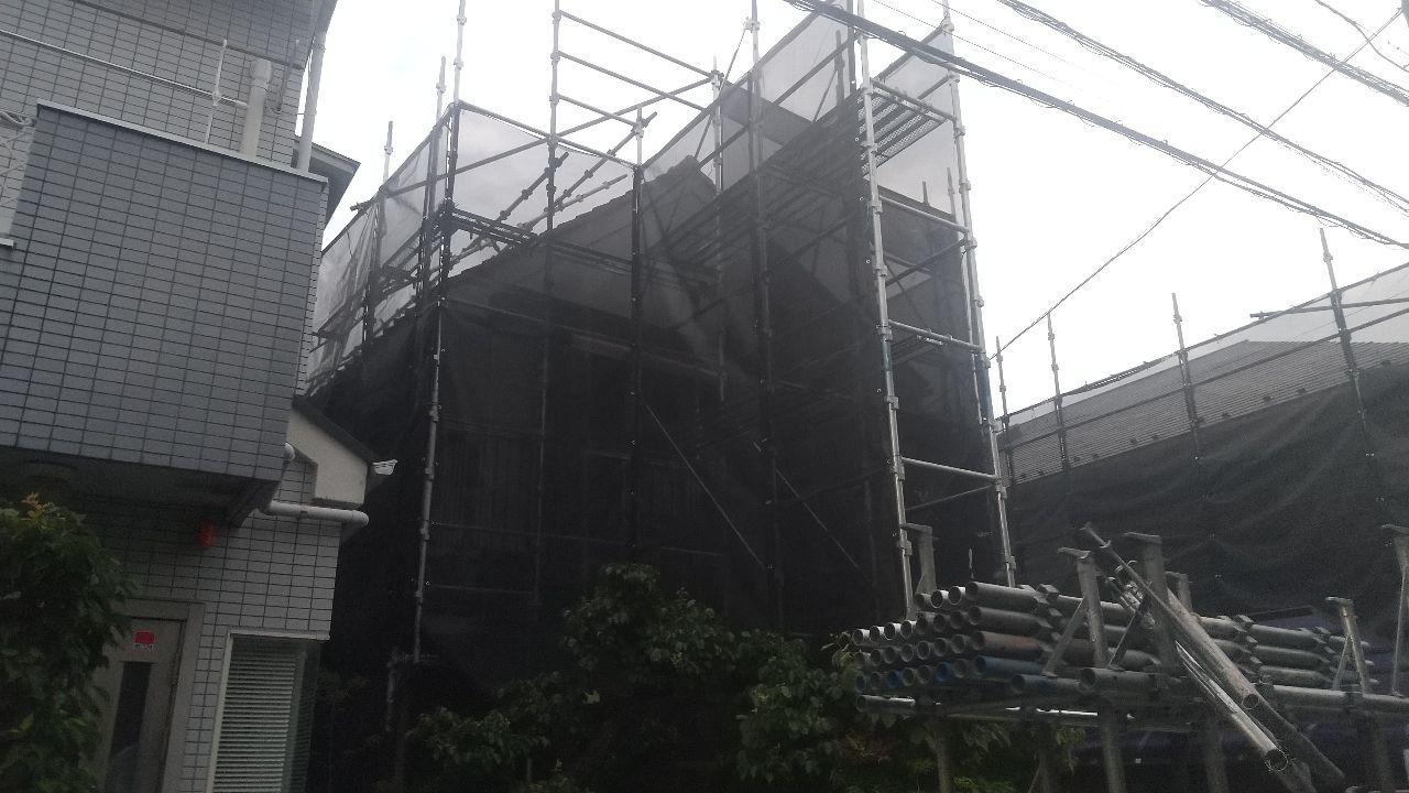 世田谷区桜丘にて仮設工事