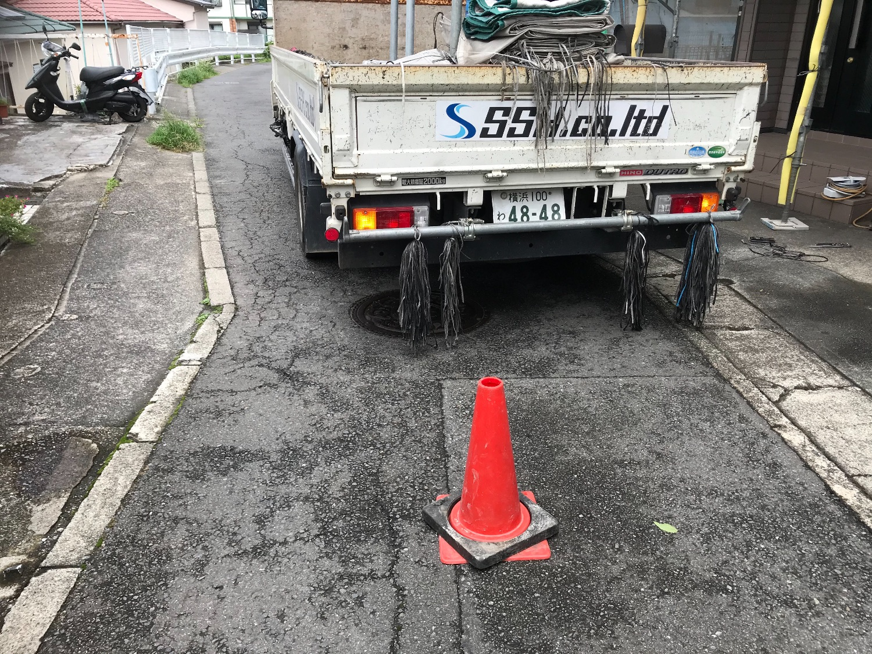 高津区千年にて仮設工事