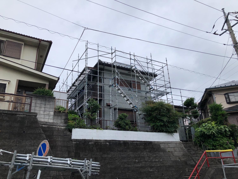 青葉区鴨志田町にて仮設工事
