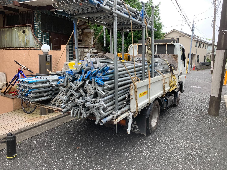 世田谷区経堂にて仮設工事