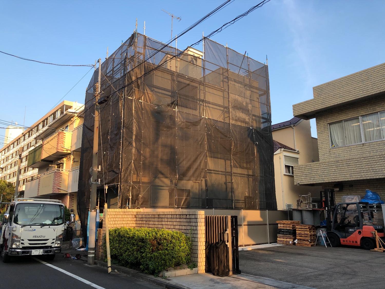 大田区西糀谷にて仮設工事