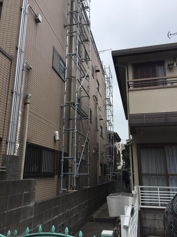 川崎市幸区手本町にて仮設工事