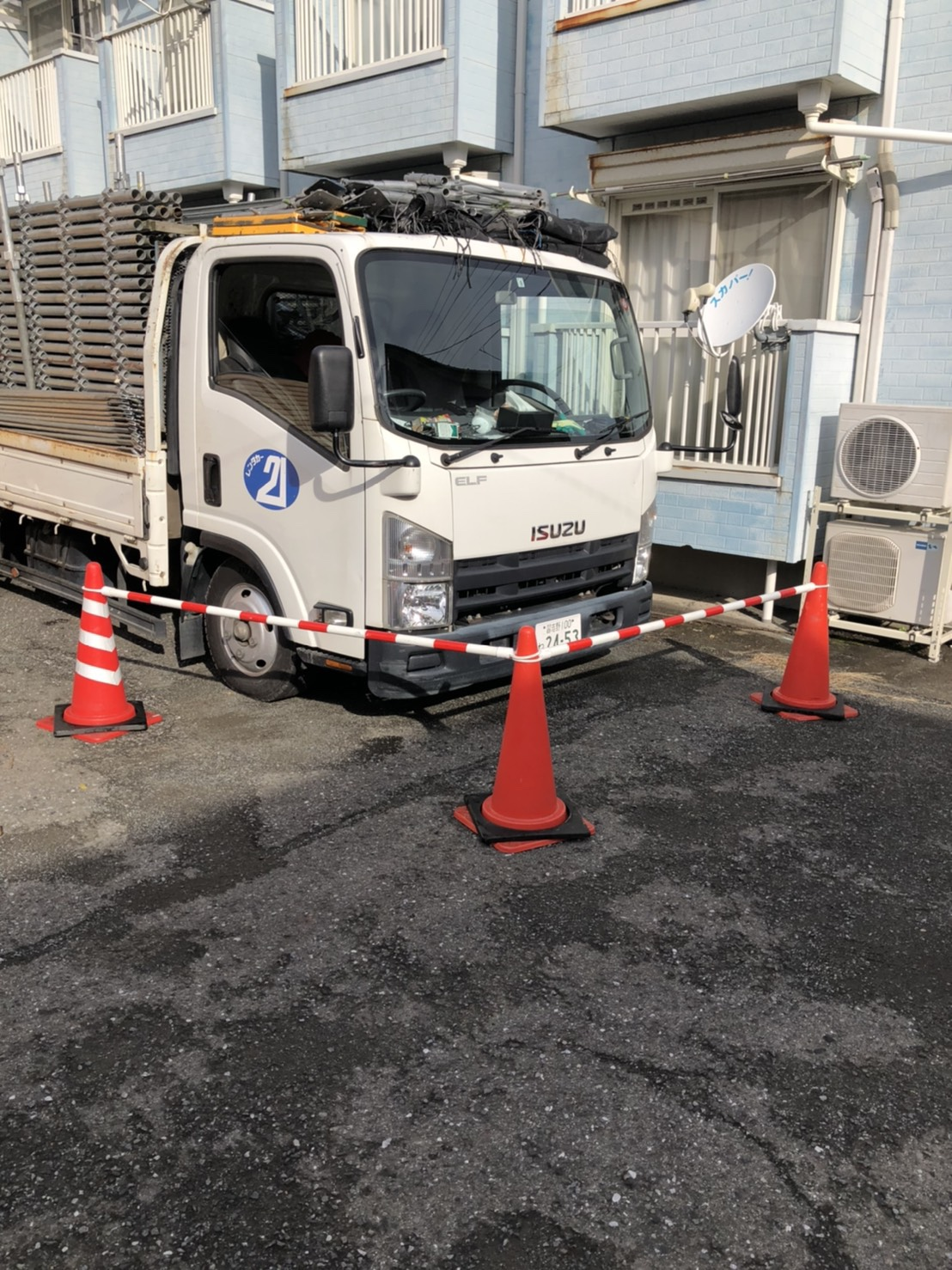 藤沢市辻堂新町にて仮設工事