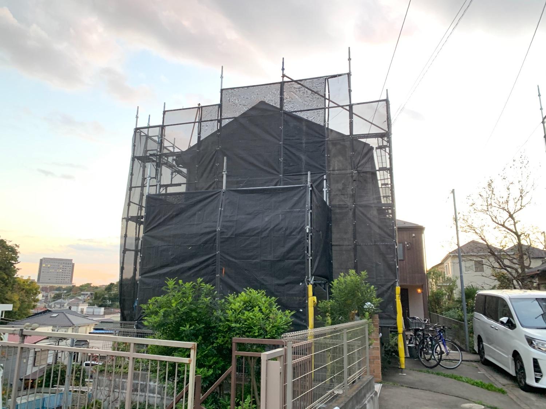 藤沢市亀井野にて仮設工事