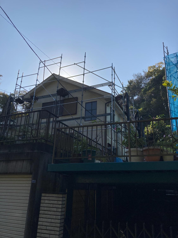 金沢区釜利谷東にて仮設工事