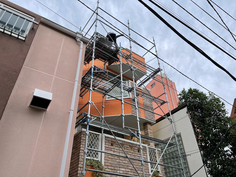 渋谷区元代々木町にて仮設工事