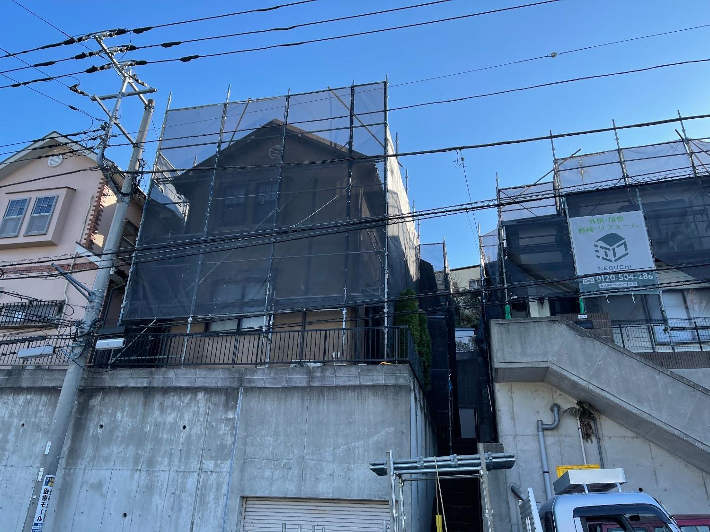 栄区公田町にて仮設工事