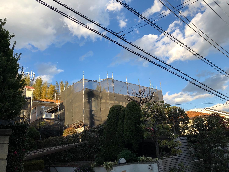 青葉区あざみ野にて仮設工事