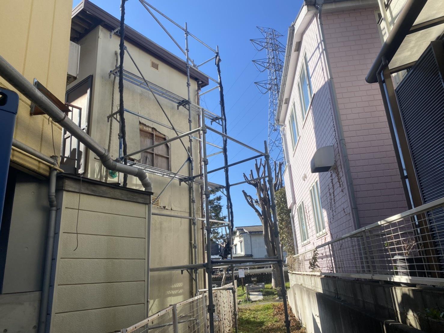 多摩市関戸にて仮設工事