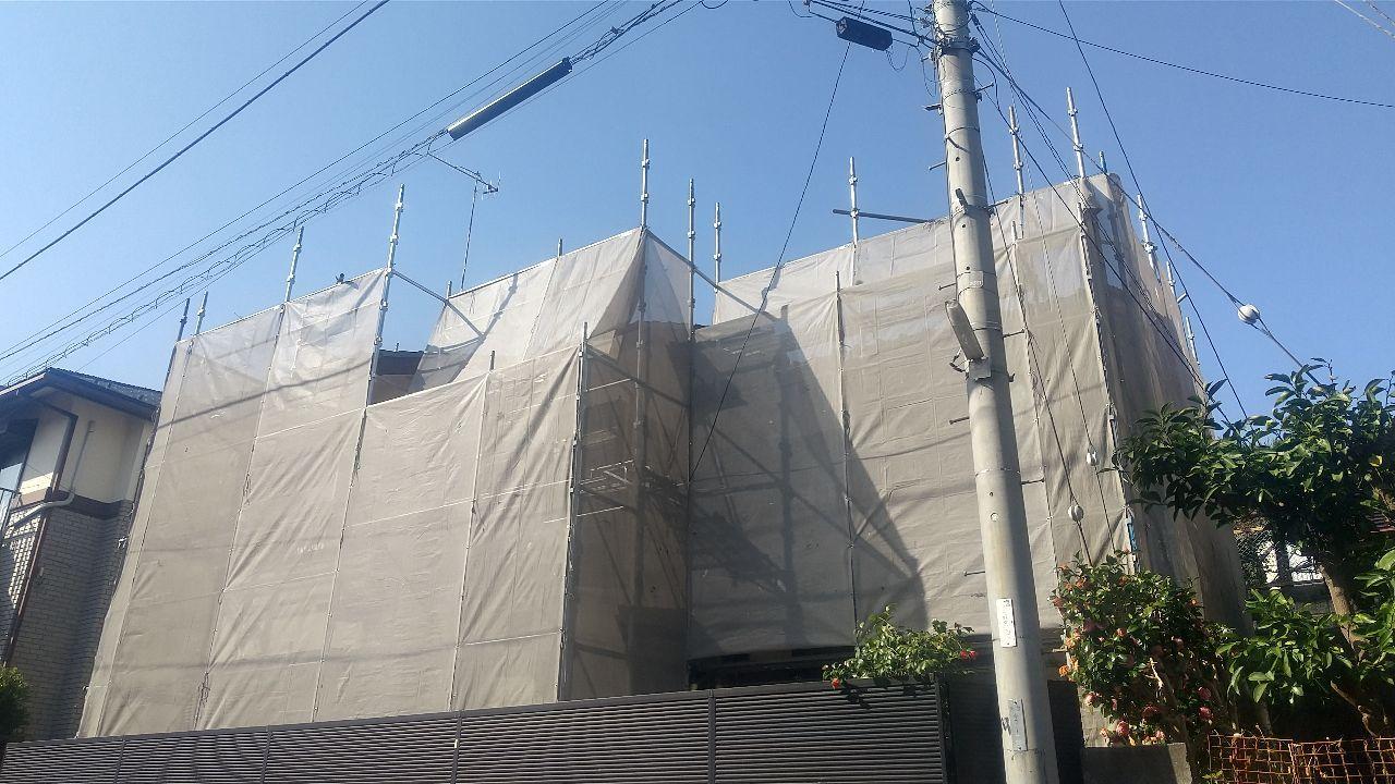 座間市入谷東にて仮設工事
