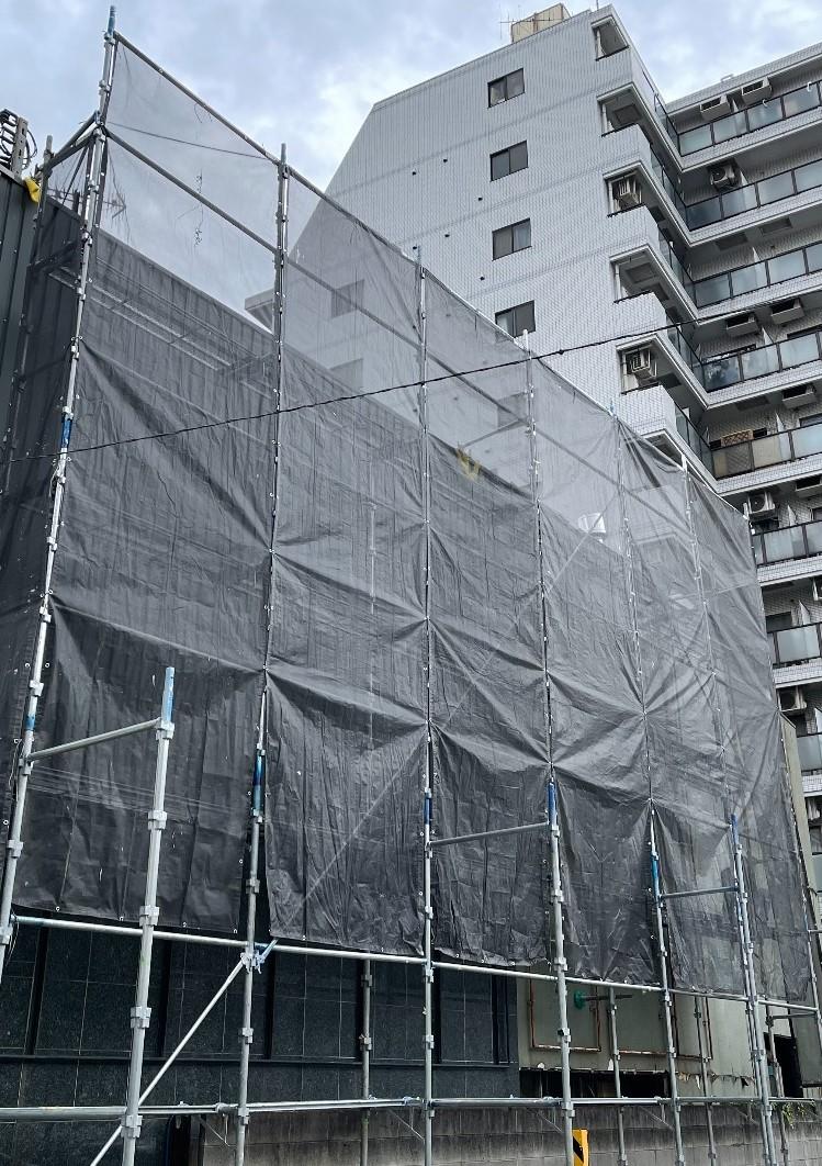 【足場】川崎市川崎区堀之内町にて仮設工事
