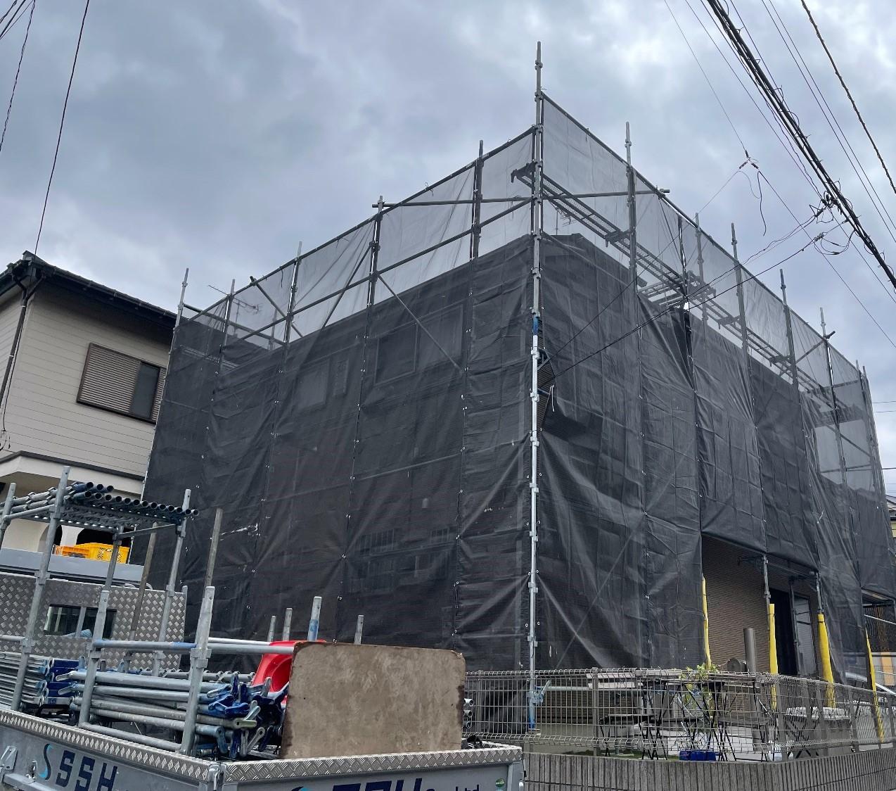 【足場】横浜市保土ケ谷区仏向にて仮設工事
