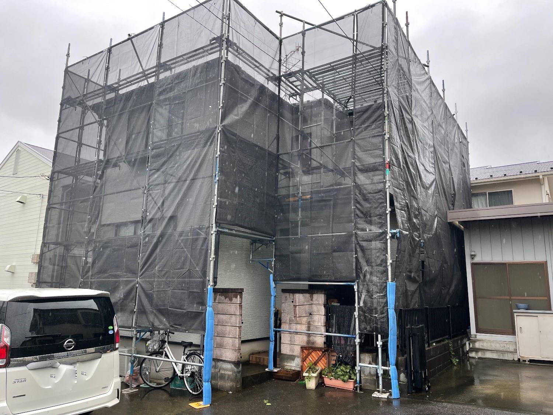 【足場】海老名市大谷南にて仮設工事