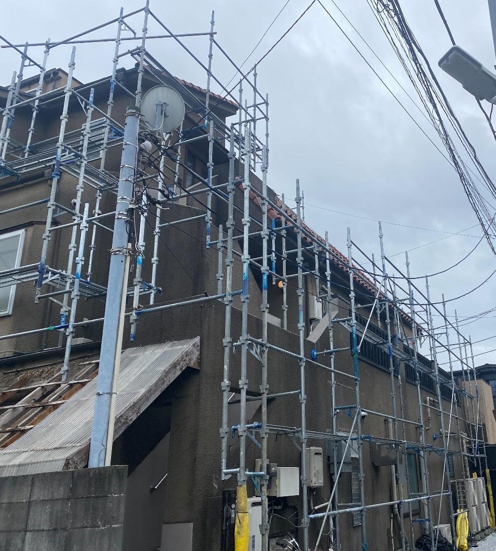 【足場】鎌倉市小町にて仮設工事