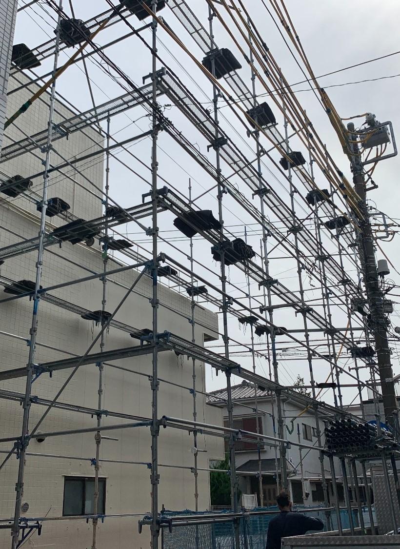 【足場】川崎市幸区小倉にて仮設工事