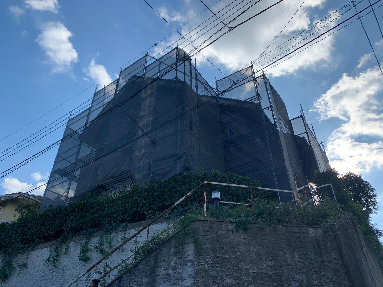 【足場】町田市本町田にて仮設工事
