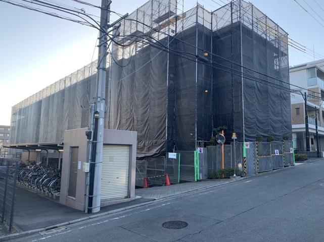 江田にて大規模改修塗装工事