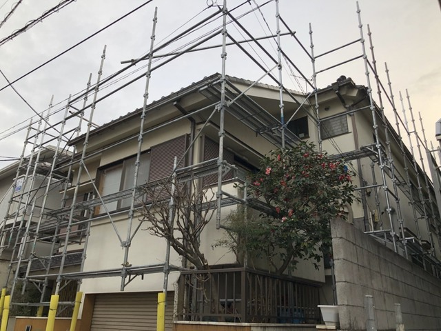 文京区にて足場工事