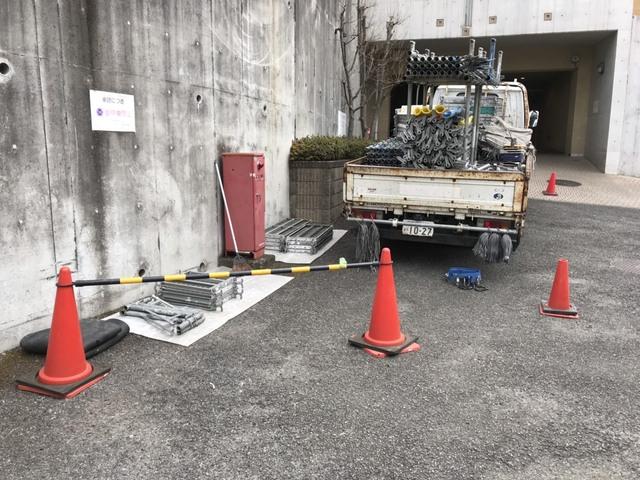 鶴見区にて足場工事