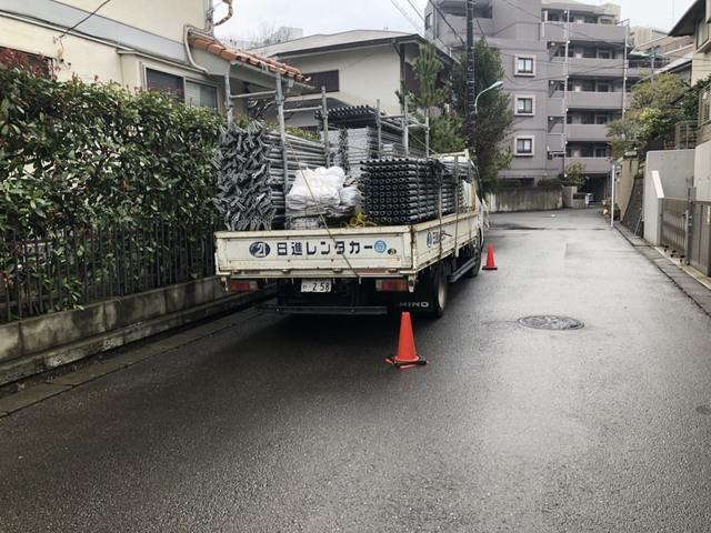 町田市にて足場工事①