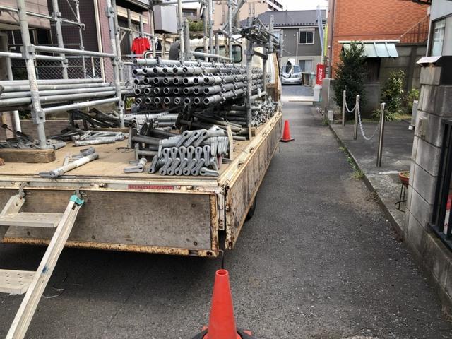 世田谷区にて3F建て足場工事