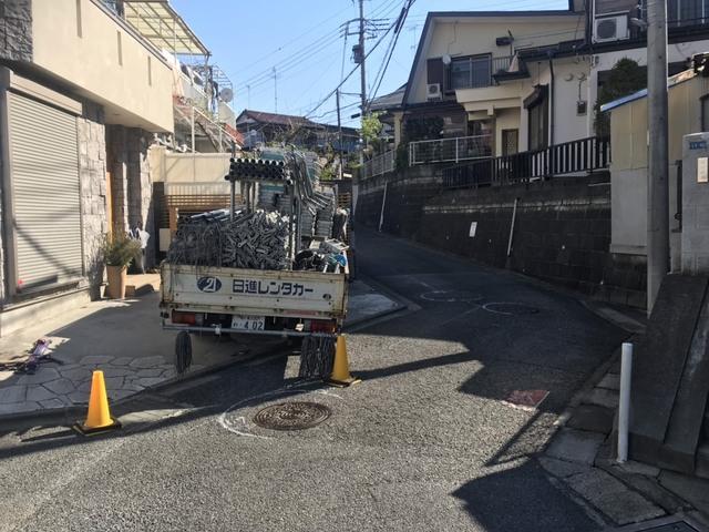 大和市にて足場工事