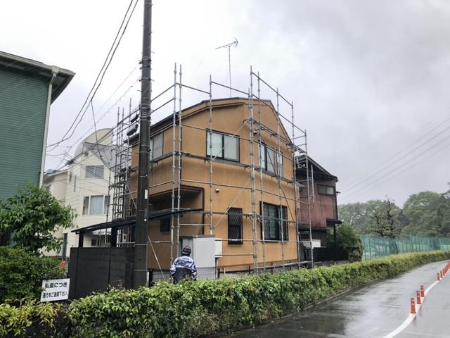 世田谷区にて足場工事
