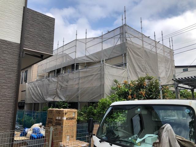 茅ヶ崎市にて足場工事
