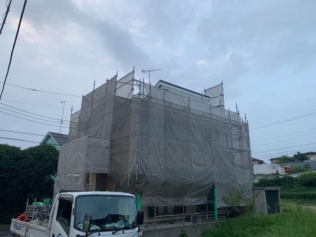 平塚市にて足場工事