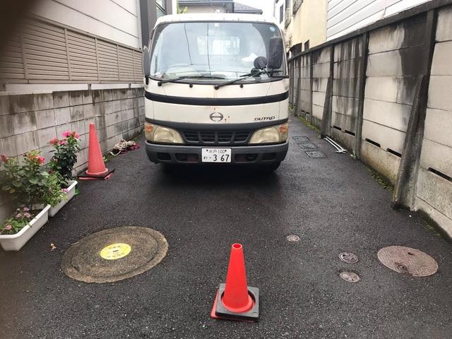 新宿にて足場工事