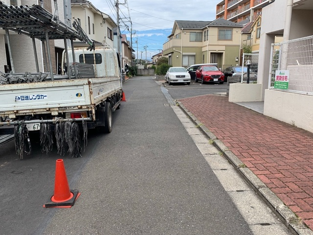泉区にて足場工事