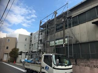 横浜市西区にて仮設工事