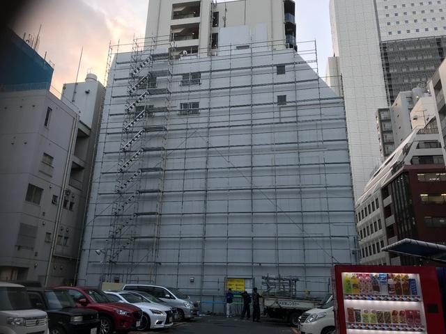 台東区にて足場工事