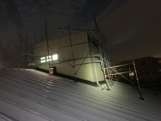 多摩区にて足場工事