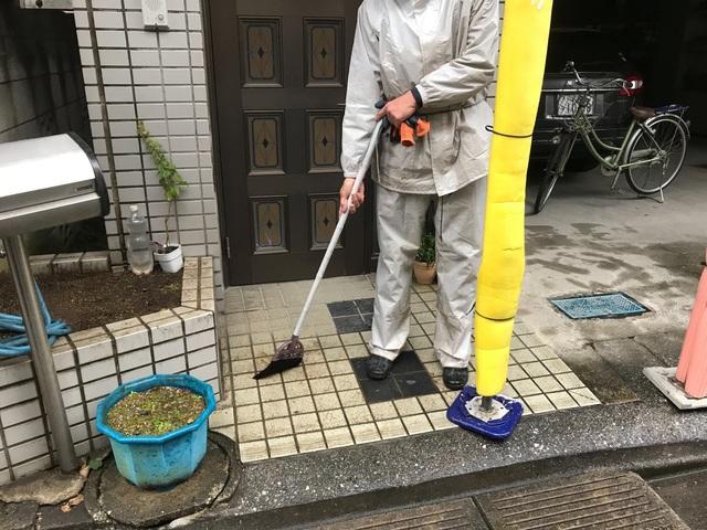 幸区小倉にて足場工事