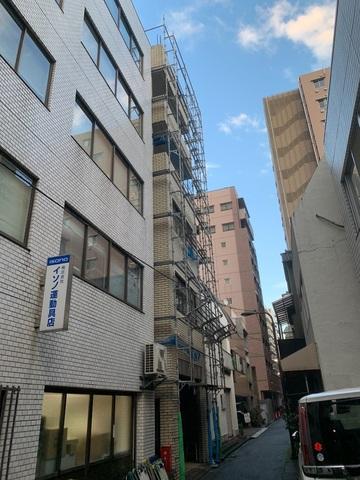 千代田区神田佐久間町にて足場工事
