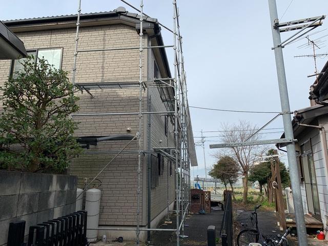 戸塚区小雀町にて足場工事